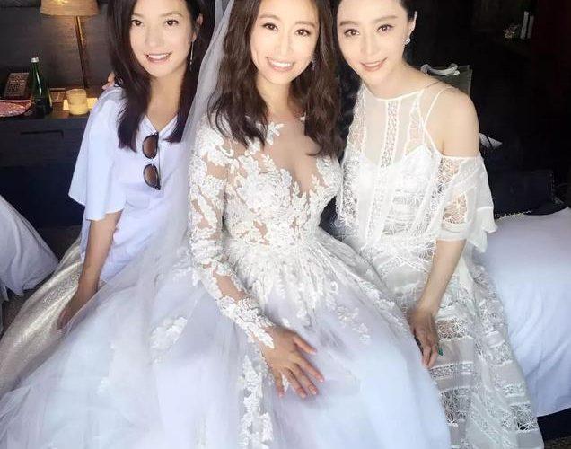 女星們都愛穿的婚紗,你一定要試一試
