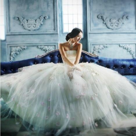 十二星座適合的婚紗